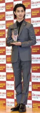 『第32回 日本ジュエリー ベストドレッサー賞』授賞式に登場した横浜流星(C)ORICON NewS inc.