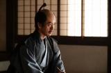 信長討伐をあきらめられない足利義昭(滝藤賢一)=大河ドラマ『麒麟がくる』第41回(1月17日放送) (C)NHK