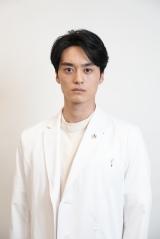 日本テレビ系連続ドラマ『君と世界が終わる日に』に出演する八木拓海(C)日本テレビ