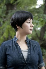 『ブリリアショートショートシアターオンライン3周年企画』に出演するジェーン・スー
