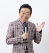 『NHKのど自慢』の小田切千アナウンサーが担当=『NHKのど自慢〜おうちでパフォーマンス〜』総合テレビで1月31日放送 (C)NHK