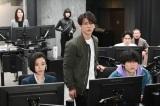 亀梨和也主演『レッドアイズ 監視捜査班』第1話場面カット (C)日本テレビ