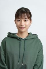 日曜ドラマ『君と世界が終わる日に』に出演する芳根京子 (C)日本テレビ