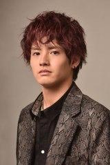 ドラマ『ウチの娘は、彼氏が出来ない!!』ユウトを演じる赤楚衛二 (C)日本テレビ
