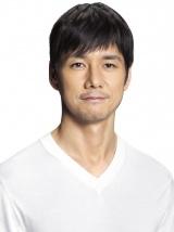 映画『ドライブ・マイ・カー』に出演する西島秀俊
