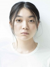 映画『ドライブ・マイ・カー』に出演する三浦透子