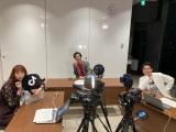 テレビ朝日系『書けないッ!?』ドラマキャストによる日本初のTikTok生ドラマに出演した(左から)長井短、北村有起哉、小池徹平