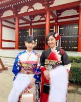鮮やかな振り袖に身を包み…平祐奈の姪っ子たち(写真は公式ブログより)