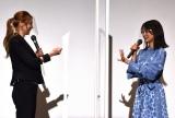 香里奈とのじゃんけんに勝利し、2連勝した深川麻衣=映画『おもいで写眞』初日舞台あいさつ (C)ORICON NewS inc.