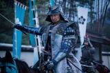 本能寺へ向かう明智光秀(長谷川博己)=大河ドラマ『麒麟がくる』第44回より(C)NHK