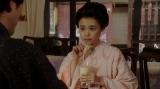 一平と話しをする千代(杉咲花)=連続テレビ小説『おちょやん』第9週・第44回より (C)NHK