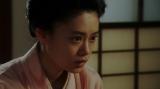 千之助にあるお願いをする竹井千代(杉咲花)=連続テレビ小説『おちょやん』第9週・第45回より (C)NHK