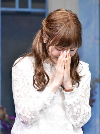 大地真央の誕生日を祝い感極まる神田沙也加=舞台『ローズのジレンマ』公開ゲネプロ  (C)ORICON NewS inc.