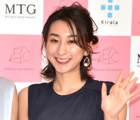 『Beauty Connection Ginza』のオープニングイベントに出席した浅田舞 (C)ORICON NewS inc.