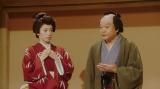 芝居をするルリ子(明日海りお)と千之助(星田英利)=連続テレビ小説『おちょやん』第10週・第47回より (C)NHK
