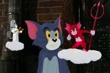 せいやが演じる天使のトムと粗品が演じる悪魔のトム(C)2020 Warner Bros. All Rights Reserved