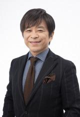 """新たな""""昼の顔""""として大阪拠点放送局から『列島ニュース』を担当する武田真一アナウンサー (C)NHK"""