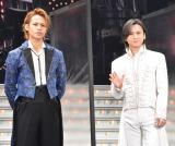 ミュージカル『Endless SHOCK -Eternal-』1800回公演後取材に出席した(左から)上田竜也、堂本光一 (C)ORICON NewS inc.