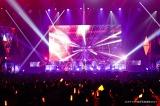「オダイバ!!超次元音楽祭 ヨコハマからハッピーバレンタインフェス2021」に出演したReoNa
