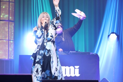 『LIVE EMPOWER CHILDREN 2021 supported by Aflac』に出演したMINMI