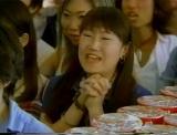 ロンドンブーツ1号2号が出演した2000年放映のCMより