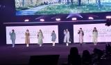 『第32回 マイナビ 東京ガールズコレクション 2021 SPRING/SUMMER』に登場した櫻坂46 (C)ORICON NewS inc.