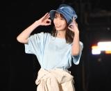 『第32回 マイナビ 東京ガールズコレクション 2021 SPRING/SUMMER』に登場した日向坂46・高本彩花 (C)ORICON NewS inc.