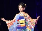 『第32回 マイナビ 東京ガールズコレクション 2021 SPRING/SUMMER』に登場した嵐莉菜 (C)ORICON NewS inc.