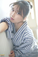 『ヤンマガWeb』に登場したモーニング娘。'21・牧野真莉愛(C)岡本武志/ヤンマガWeb