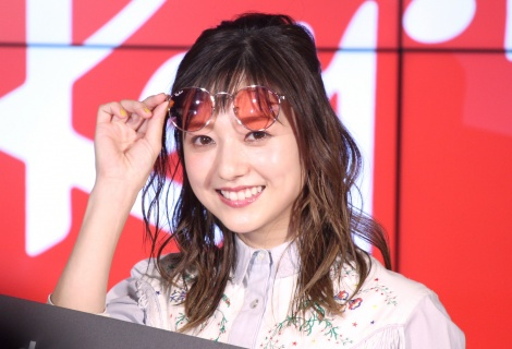 サングラスデートにノリノリだった伊藤千晃=Ray-Ban Store SHIBUYAで行われた『オープニングイベント』 (C)ORICON NewS inc.
