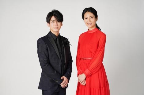 『Premium Music 2021』でMCを務める亀梨和也と松下奈緒(C)日本テレビ