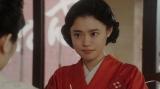 みつえと話しをする天海千代(杉咲花)=連続テレビ小説『おちょやん』第14週・第66回より (C)NHK