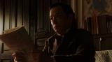 鶴蔵からある提案をされる須賀廼家万太郎(板尾創路)=連続テレビ小説『おちょやん』第14週・第66回より (C)NHK