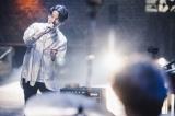 """無観客生配信ライブイベント『YELLOW PASS Live Streaming """"宴会""""』より Photo by 西槇太一"""
