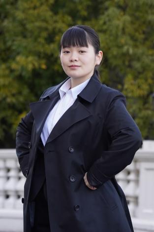 4月期日曜ドラマ『ネメシス』に出演する富田望生(C)日本テレビ