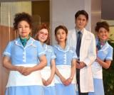 ミュージカル『ウェイトレス』の初日公演に出演した(左から)浦嶋りんこ、宮澤エマ、高畑充希、宮野真守、LiLiCo (C)ORICON NewS inc.