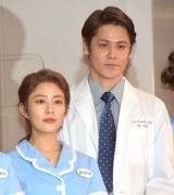 ミュージカル『ウェイトレス』の初日公演に出演した(左から)高畑充希、宮野真守 (C)ORICON NewS inc.