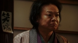 千代からあることを聞かれる須賀廼家千之助(星田英利)(C)NHK