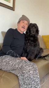 16日放送の『もふもふモフモフ』に出演する吉田鋼太郎(C)NHK