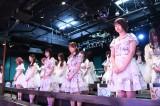 AKB48劇場ではAKB48のメンバーが黙祷を捧げた(C)AKB48