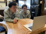 インタビュー中のエイトブリッジのお二人をスタッフに撮ってもらいました(C)テレビ東京