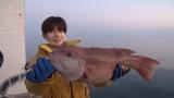 ジャニーズきっての釣り好き、なにわ男子・長尾謙杜が挑んだ『巨大魚&幻の魚を追え!〜大阪湾の魚大調査』関西地域の総合テレビで3月17日放送 (C)NHK