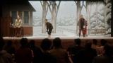 えびす座で公演中の鶴亀家庭劇(左から)須賀廼家百久利(坂口涼太郎)、須賀廼家千之助(星田英利)、天海天海(成田凌)=連続テレビ小説『おちょやん』第16週・第76回より (C)NHK