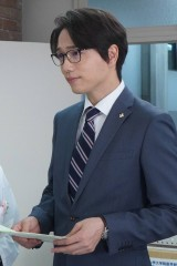 山崎育三郎、月9にクロスオーバー出演 『監察医 朝顔』最終話に登場(C)フジテレビ