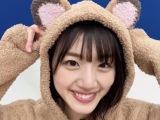 """『日向撮』公式ツイッターで""""たぬきコスプレ""""を披露した佐々木美玲"""