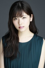 特撮ドラマ『超速パラヒーロー ガンディーン』に出演する小芝風花