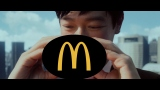 日本マクドナルドのティザーCM「大人を楽しめ」篇