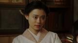 福助の話しに驚く千代(杉咲花)=連続テレビ小説『おちょやん』第17週・第81回より (C)NHK