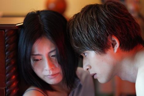 『私の夫は冷凍庫に眠っている』(4月10日スタート) (C)テレビ東京
