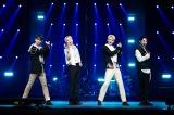 『Beyond LIVE - SHINee : SHINee WORLD』より(左から)キー、テミン、ミンホ、オンユ